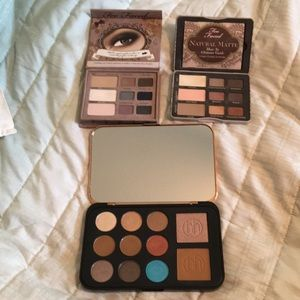 Eye shadow bundle